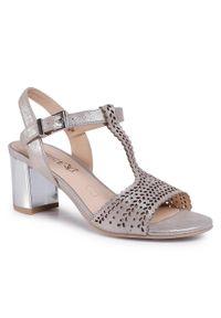 Srebrne sandały Caprice na co dzień, casualowe