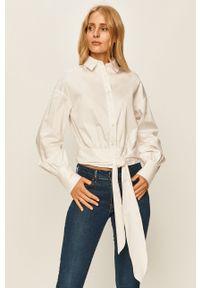 Biała koszula Guess Jeans na co dzień, z klasycznym kołnierzykiem