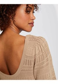 Morgan Sweter 211-MDALI Beżowy Slim Fit. Kolor: beżowy