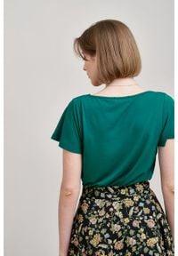 Marie Zélie - Bluzka Maja ciemnozielona. Kolor: zielony. Materiał: wiskoza, dzianina, materiał, elastan, tkanina. Długość rękawa: krótki rękaw. Długość: krótkie. Styl: elegancki
