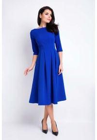 Awama - Niebieska Sukienka Wizytowa Midi z Szerokim Dołem. Kolor: niebieski. Materiał: elastan, wiskoza, poliester. Styl: wizytowy. Długość: midi