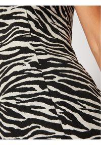 For Love & Lemons Sukienka koktajlowa Lyla CD2230 Czarny Slim Fit. Kolor: czarny. Styl: wizytowy