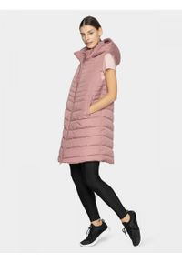 Różowa kurtka puchowa outhorn