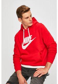 Nike Sportswear - Bluza. Typ kołnierza: kaptur. Kolor: czerwony. Materiał: dzianina