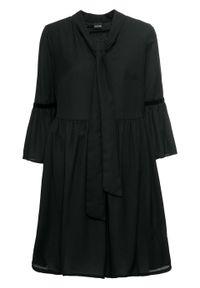 Czarna sukienka bonprix z okrągłym kołnierzem