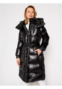 Czarna kurtka zimowa Woolrich