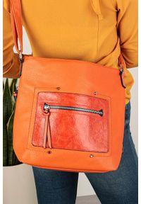 Casu - Pomarańczowa torebka listonoszka z kieszonką z przodu casu ah-92. Kolor: pomarańczowy