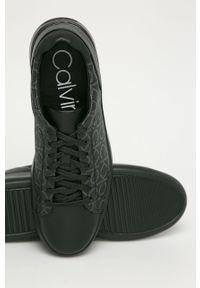 Czarne sneakersy Calvin Klein na sznurówki, z okrągłym noskiem