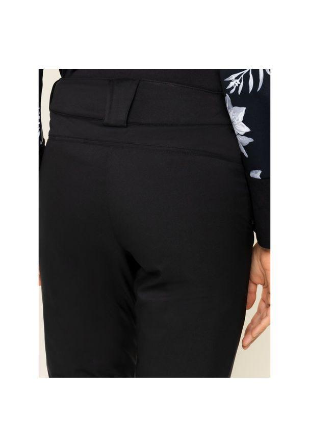 Czarne spodnie narciarskie salomon