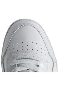 Buty Reebok - Workout Plus 2759 Wht/Royal. Okazja: na co dzień. Zapięcie: pasek. Kolor: biały. Materiał: materiał, skóra. Szerokość cholewki: normalna. Styl: casual. Model: Reebok Workout, Reebok Royal