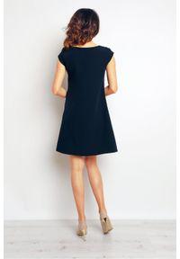 Infinite You - Elegancka trapezowa sukienka. Okazja: do pracy, na co dzień. Materiał: dzianina, elastan. Typ sukienki: trapezowe. Styl: elegancki