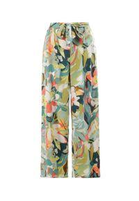 Born2be - Zielone Spodnie Avagana. Kolor: zielony. Długość: długie. Wzór: nadruk, paski, kolorowy