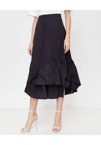 MOSCHINO - Czarna spódnica z falbaną. Kolor: czarny. Materiał: materiał. Styl: klasyczny