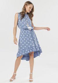 Niebieska sukienka Born2be