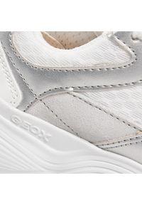 Geox - Sneakersy GEOX - J Bubblex G. B J04CNB 01422 C0007 S White/Silver. Okazja: na co dzień. Kolor: biały. Materiał: skóra, materiał, zamsz. Styl: casual
