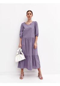 TOP SECRET - Długa sukienka z falbaną. Kolor: fioletowy. Materiał: tkanina, bawełna. Sezon: lato. Styl: wakacyjny. Długość: maxi