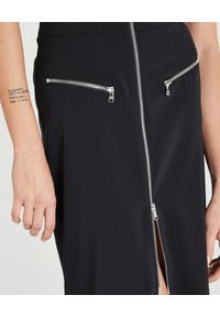 Patrizia Pepe - PATRIZIA PEPE - Czarna midi spódnica z suwakami. Okazja: na co dzień, na spotkanie biznesowe. Kolor: czarny. Wzór: aplikacja. Styl: wizytowy, biznesowy, casual, rockowy