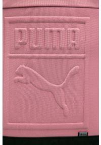 Różowy plecak Puma z aplikacjami