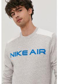 Nike Sportswear - Bluza. Okazja: na co dzień. Kolor: szary. Wzór: aplikacja. Styl: casual