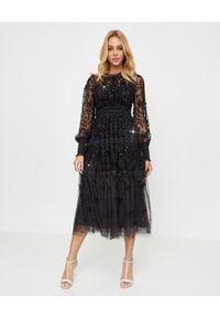 NEEDLE & THREAD - Czarna sukienka midi Whitethorn. Kolor: czarny. Materiał: tiul, materiał. Wzór: haft, aplikacja, kwiaty. Styl: elegancki. Długość: midi