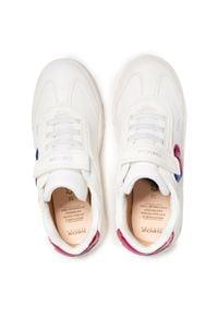 Geox - Sneakersy GEOX - J Skylin G. I J158WI 000BC C1000 D White. Okazja: na uczelnię, na spacer, na co dzień. Zapięcie: rzepy. Kolor: biały. Materiał: skóra, materiał. Wzór: aplikacja. Styl: casual