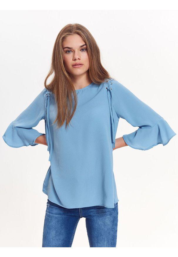 Niebieska bluzka TROLL z krótkim rękawem, casualowa, na wiosnę