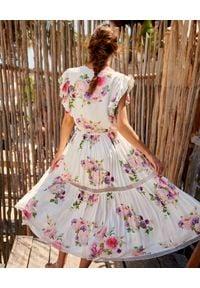 BY CABO - Sukienka w kwiaty Lima. Kolor: biały. Materiał: wiskoza, materiał, koronka. Wzór: kwiaty. Sezon: lato
