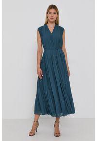 Samsoe & Samsoe - Samsoe Samsoe - Sukienka. Okazja: na co dzień. Kolor: zielony. Materiał: tkanina, poliester. Długość rękawa: na ramiączkach. Wzór: gładki. Typ sukienki: proste, plisowane. Styl: casual