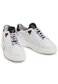 Togoshi Sneakersy TG-04-05-000235 Biały. Kolor: biały