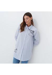Mohito - Długa koszula Eco Aware - Niebieski. Kolor: niebieski. Długość: długie