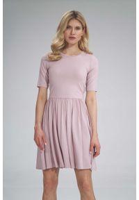 Figl - Krótka Wiskozowa Sukienka na Lato - Różowa. Kolor: różowy. Materiał: wiskoza. Sezon: lato. Długość: mini