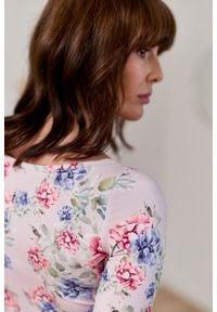 Marie Zélie - Bluzka Ribolla Frisia różowa. Kolor: różowy. Materiał: dzianina, materiał, skóra, bawełna, elastan. Sezon: lato