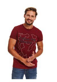 Czerwony t-shirt TOP SECRET z nadrukiem, krótki
