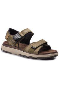 Zielone sandały Clarks na lato, klasyczne