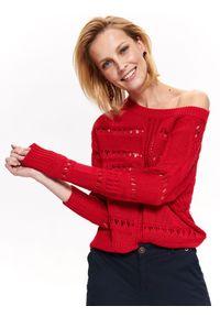 Czerwony sweter TOP SECRET na wiosnę, na co dzień, z okrągłym kołnierzem