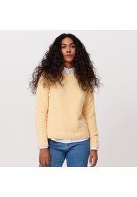 Cropp - Szenilowy sweter - Żółty. Kolor: żółty