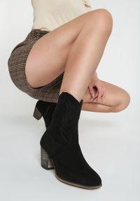 Czarne botki na obcasie Renee