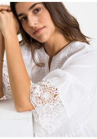 Biała bluzka bonprix raglanowy rękaw