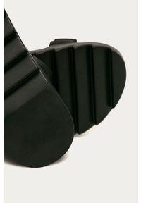 Czarne sandały Glamorous na średnim obcasie, na rzepy, na obcasie