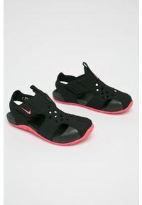 Czarne sandały Nike Kids z okrągłym noskiem
