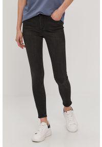 Czarne jeansy Pieces z podwyższonym stanem