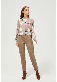MOODO - Spodnie z elastyczną talią. Stan: podwyższony. Materiał: poliester, wiskoza, guma, elastan. Długość: długie. Wzór: kratka