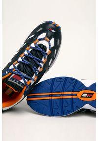 Niebieskie sneakersy Tommy Jeans z okrągłym noskiem, z cholewką
