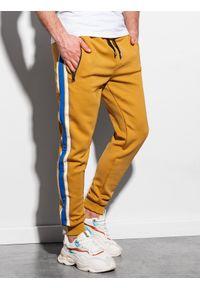 Ombre Clothing - Spodnie męskie dresowe joggery P854 - musztardowe - XXL. Kolor: żółty. Materiał: dresówka. Wzór: haft, kolorowy. Styl: retro