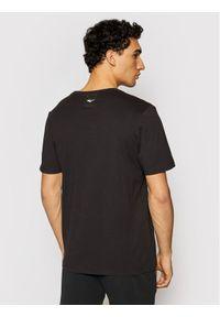 EVERLAST T-Shirt 807580-60 Czarny Regular Fit. Kolor: czarny