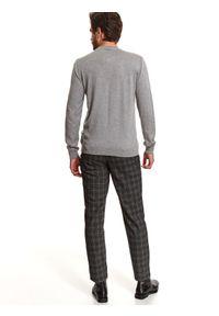 TOP SECRET - Sweter półgolf z miękkiej dzianiny. Kolor: szary. Materiał: dzianina. Wzór: gładki. Sezon: wiosna #3