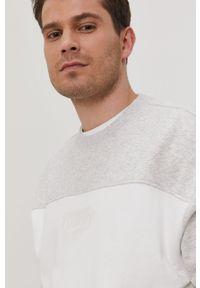 Szara bluza nierozpinana Tommy Jeans na co dzień, bez kaptura, gładkie