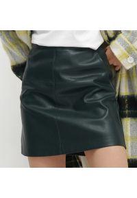 Reserved - Spódnica mini z imitacji skóry - Turkusowy. Kolor: turkusowy. Materiał: skóra