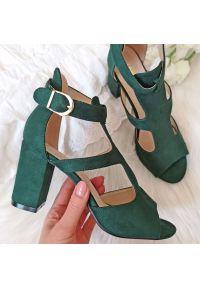 Zielone sandały Sabatina na obcasie, klasyczne, na średnim obcasie