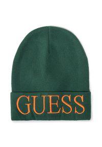 Zielona czapka zimowa Guess